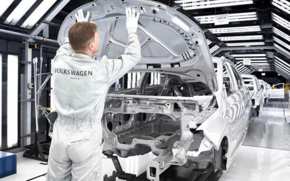 volkswagen factory.jpg