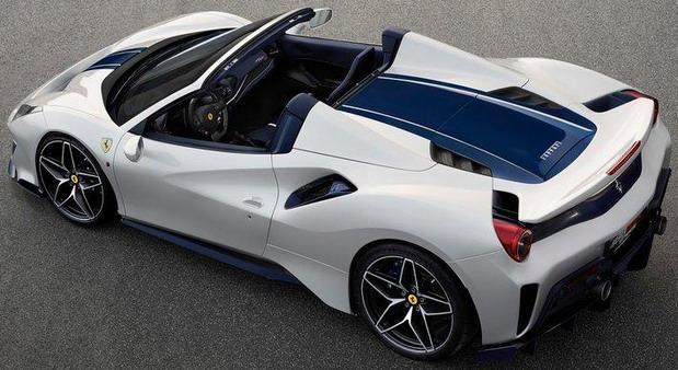 Ferrari-488_Pista_Spider 111.jpg