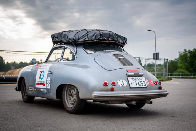 Porsche-356-10.jpeg