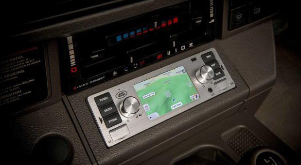 jaguar-land-rover-classic-infotainment-system 11.jpg