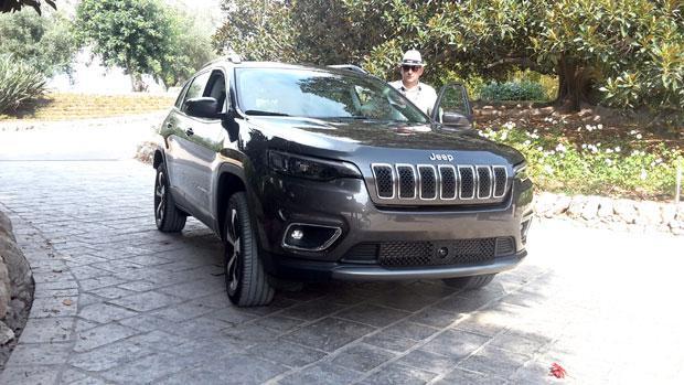 jeep-cherokee-(8).jpg