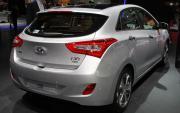 Hyundai-i30-rear-three-quarters.jpg