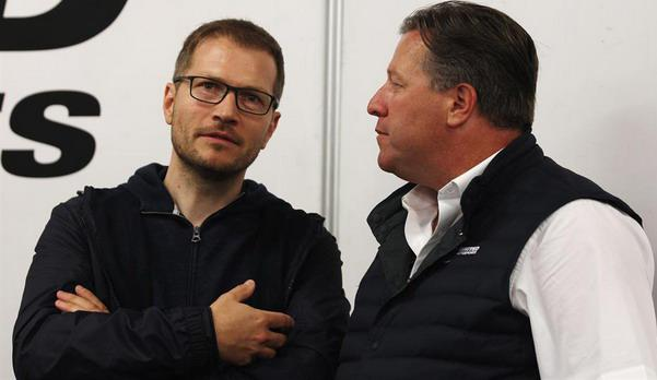 Andreas-Zajdl-Zak-Braun.jpg