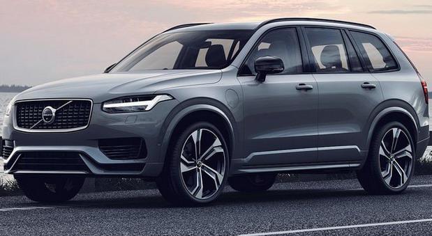 Volvo-XC90 11.jpg