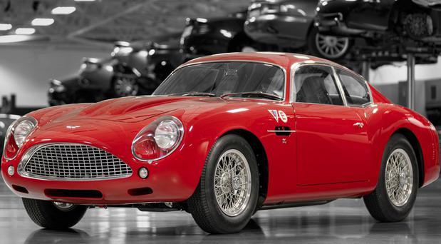 Aston_Martin-DB4 1.jpg