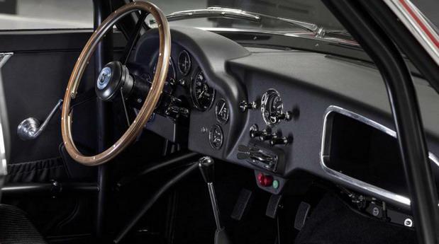 Aston-Martin-DB4 1111.jpg