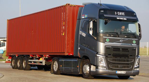 Volvo FH I-SAVE.jpg