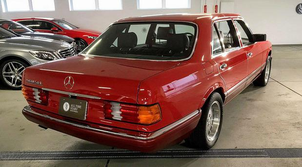 197490-mercedes 560 002.jpg