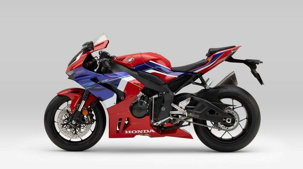 Honda-CBR1000RR-R 003.jpg