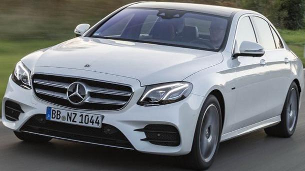 Mercedes E300 01.jpg