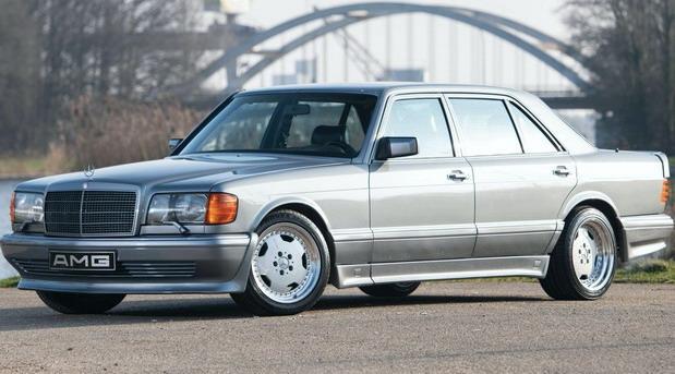 Mercedes-Benz-560 03.jpg