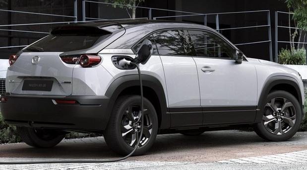 Mazda-MX-30 2.jpg