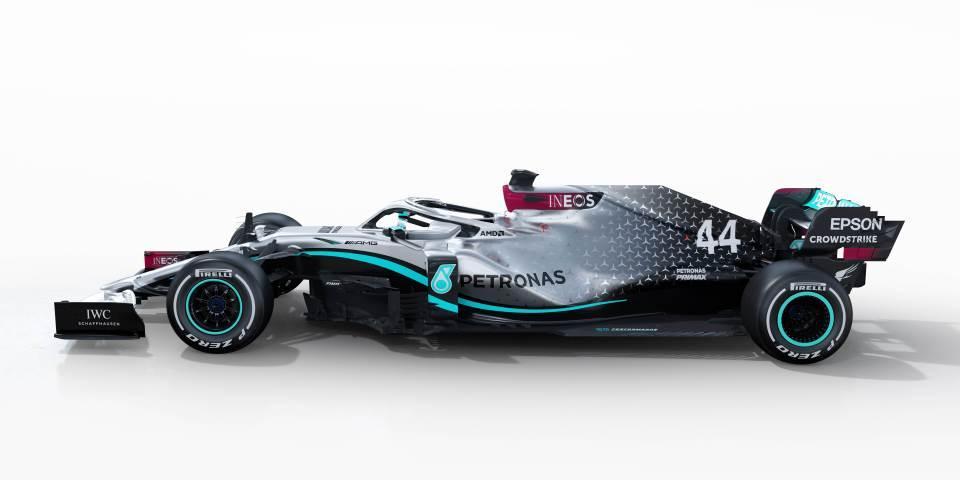Luis-Hamilton-Mercedes bolid.jpg