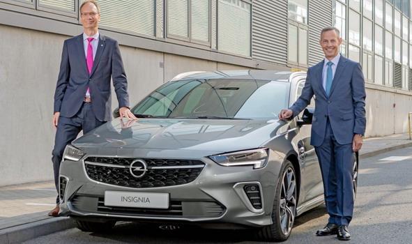 Opel-Insignia 2021 01.jpg