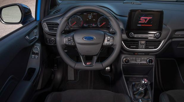207584-Ford Fiesta st 2021 01.jpg