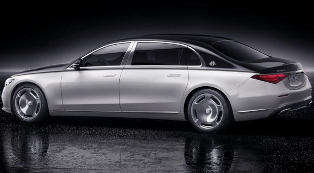 208951-Mercedes-Maybach 2021 01.jpg