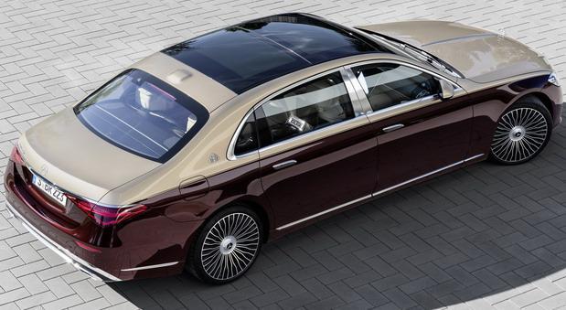 Mercedes-Maybach 2021 03.jpg