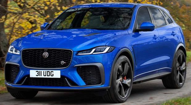 209340-jaguar f pace03.jpg