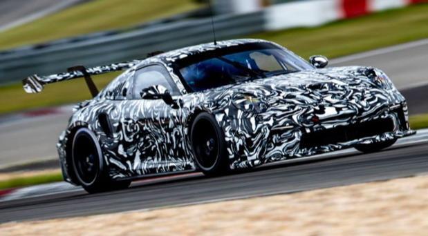 Porsche-cup 02.jpg