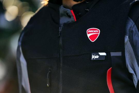 Ducati-Smart-Jacket 01.jpg