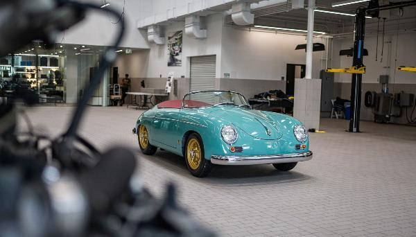 porsche-356-speedster 02.jpg